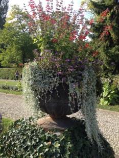 Blumenkübel