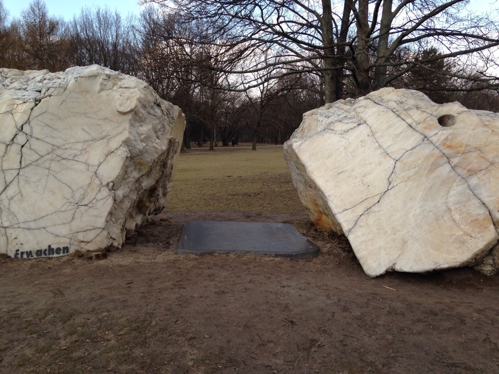 VIII - Achter Stern - Global Stone Project, Berlin (3/6)