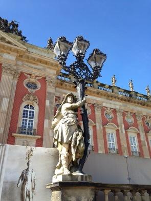 Eine wunderbare Laterne vorm Neuen Palais