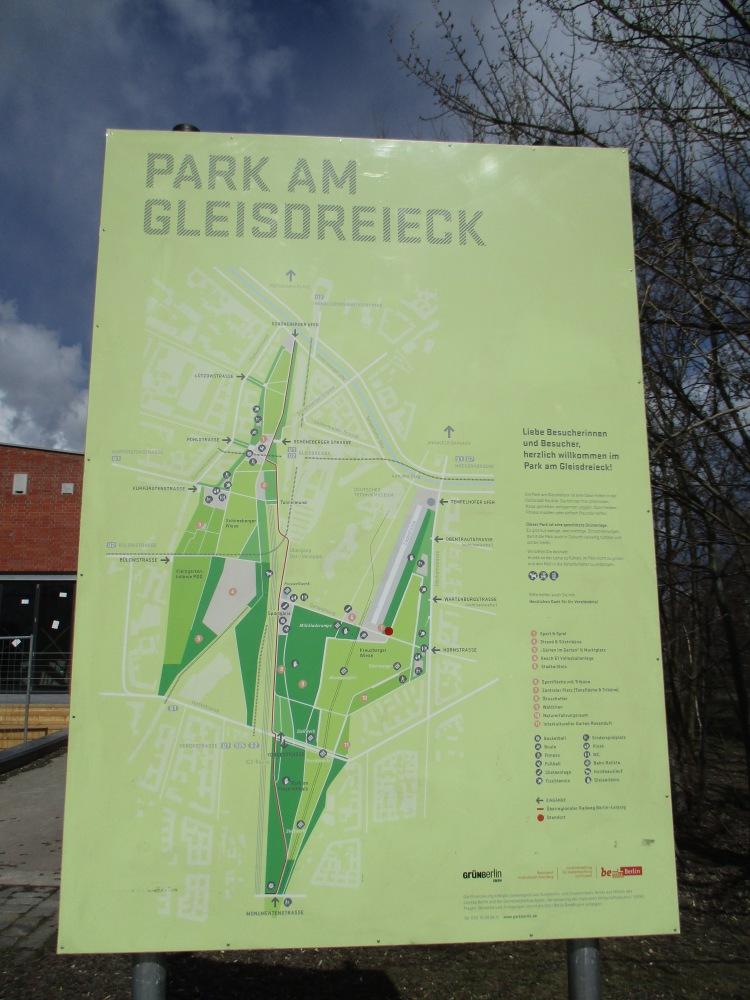 X - Zehnter Stern - Park am Gleisdreieck, Berlin (1/6)