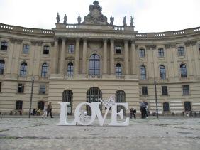 @ Bebelplatz, dem Platz, wo die Bücherverbrennung stattfand
