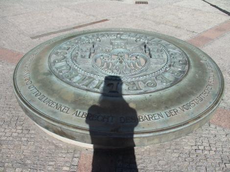 Gedenkplatte des Berliner Stadtsiegels